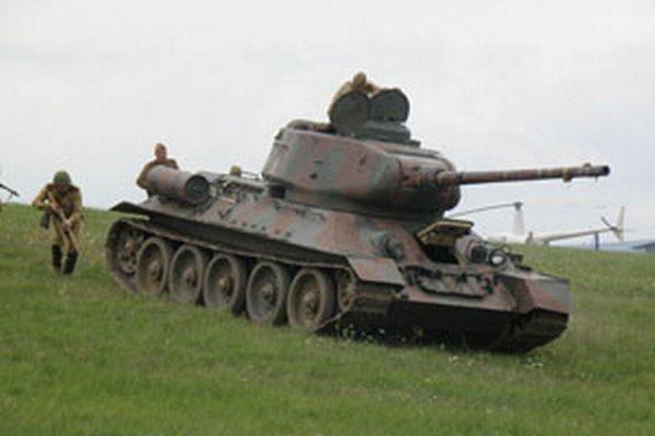 Ukážka vojnových bojov v Kanianke.