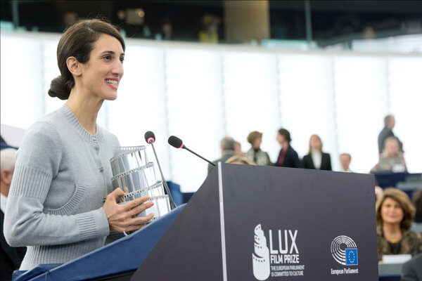 Laureátka tohtoročnej filmovej ceny LUX Prize Deniz Gamze Ergüven.