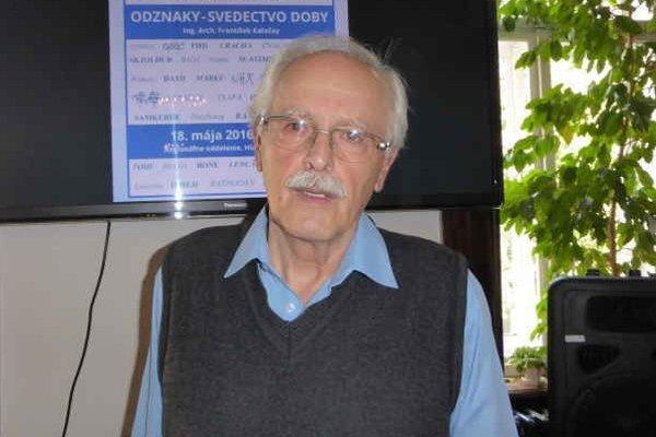 František Kaločay priblížil históriu odznakov.