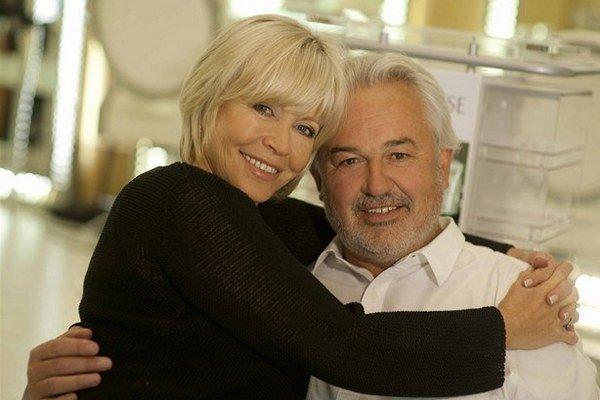 S manželom Pavlom Satoriem. Vraví, že s ním prežíva najkrajšie obdobie.