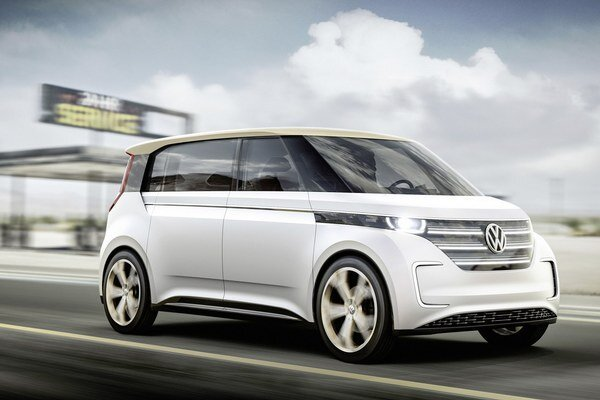 Štúdia elektromobilu Volkswagen BUDD-e. Svetovú premiéru mala štúdia, ktorej sériová verzia príde na trh v roku 2018, na výstave spotrebnej elektroniky v Las Vegas.
