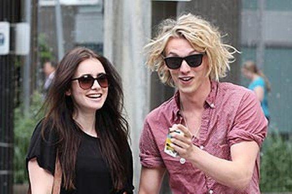 Opäť zaláskovaní. Lily a Jamie nemohli byť bez seba.