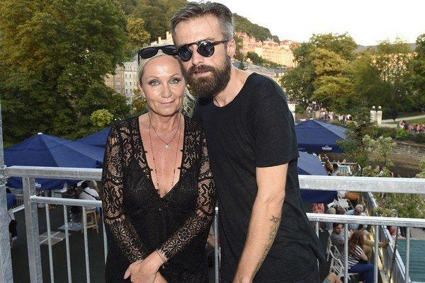 Bára Basiková a Peter Polák. Manželstvo na tretí pokus vyšlo.