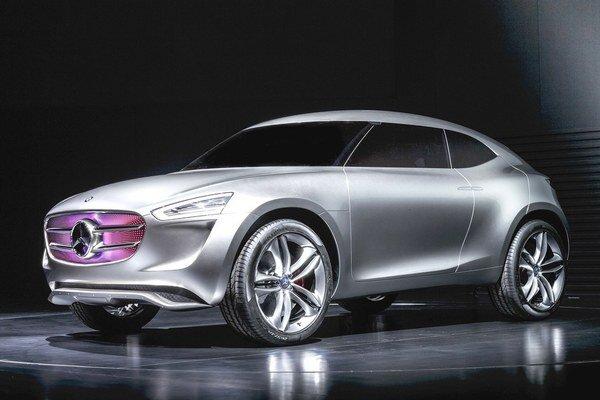 Štúdia Mercedes-Benz Vision G-Code. Najzaujímavejším dizajnérskym prvkom je predná maska, tvorená displejom s množstvom hviezdičiek, ktoré môžu svietiť rôznymi farbami.