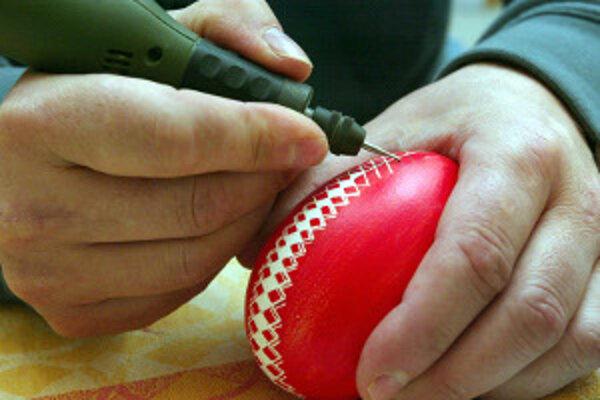 Zdobenie kraslíc bude súčasťou tvorivej dielne v Hornonitrianskom múzeu 27. marca.