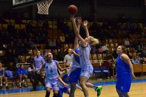 Na ženský basketbal zadarmo. Do konca základnej časti a zápasy CEWL majú fanúšikovia Ruconu Sp. Nová Ves voľný vstup.