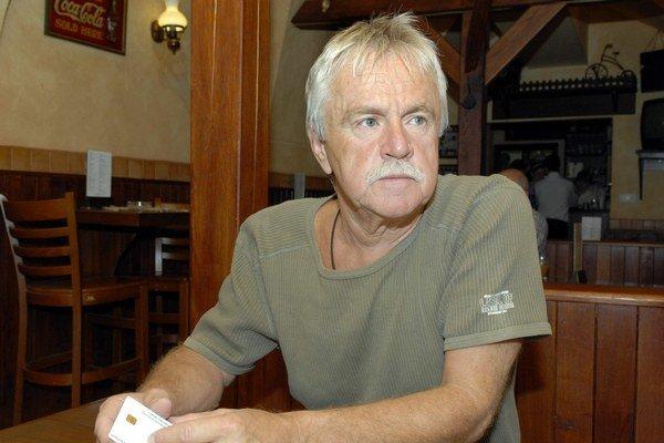 Muzikant a najnovšie i výtvarník. Janko Lehotský má rád každé umenie.