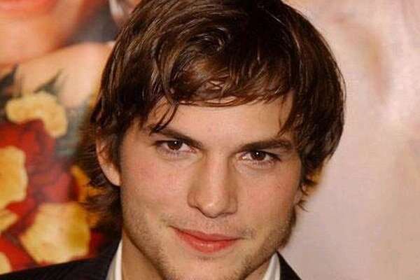 Ten sa má! Ashton Kutcher je zaľúbený, čaká prvé dieťa a zarába ako fabrika.