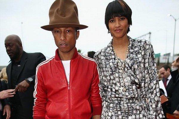 S manželkou. Pharrell Williams sa teší, že mu všetko vychádza v muzike i súkromí.