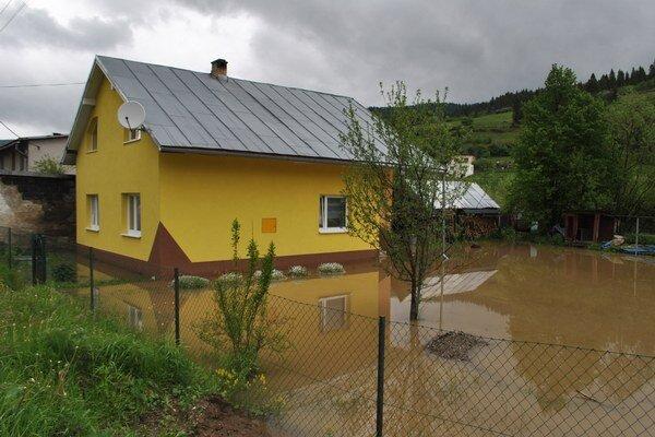 Hnilec v piatok zalial Švedlár, narobil veľké škody.