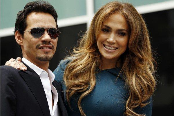 Jennifer Lopez a Marc Anthony sú už rozvedení.