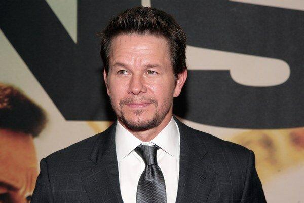 Mark Wahlberg sa považuje za najlepšieho bieleho rappera.