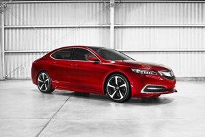 Prototyp sedanu Acura TLX. Acura je značkou firmy Honda, vytvorenou špeciálne pre modely predávané len na severoamerickom trhu.