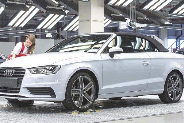 Nový kabriolet Audi A3. Kabriolet sa spolu s limuzínou A3 vyrába v závode firmy Audi Hungaria v maďarskom Győri.