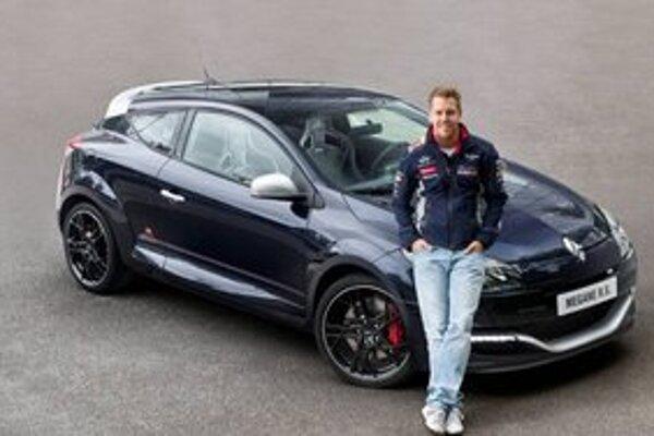 Špeciálny model Renault Mégane R.S. Red Bull Racing RB8. Tento model bol vyvinutý na počesť tretieho titulu v majstrovstvách sveta konštruktérov F1.