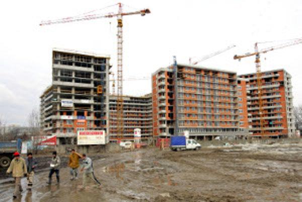 Výstavba bytov má prilákať do Prievidze viac ľudí.