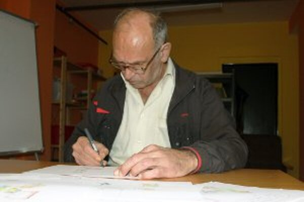 Ľubomír Nikolíni na Bôriku začal po rokoch opäť kresliť.