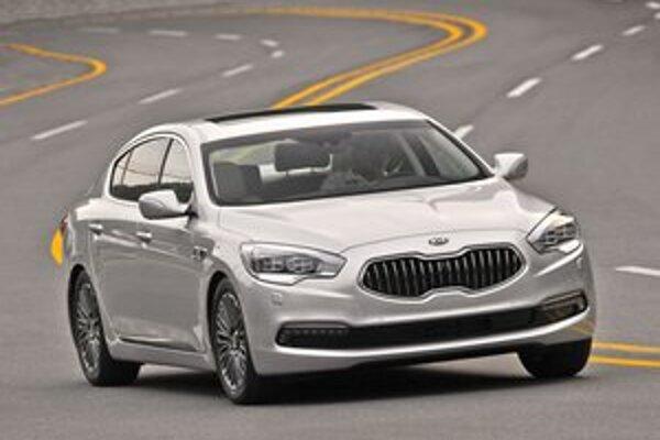 Luxusný sedan Kia Quoris. Pod názvom Quoris bude firma Kia ponúkať vo svete model, ktorý doma predáva pod názvom K9.