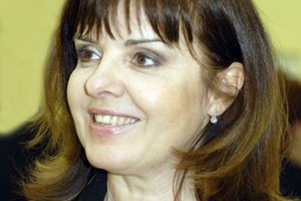 """Zuzana Tlučková. """"Päťdesiatka je pekný vek,"""" vraví herečka, ktorá zajtra oslávi okrúhliny."""
