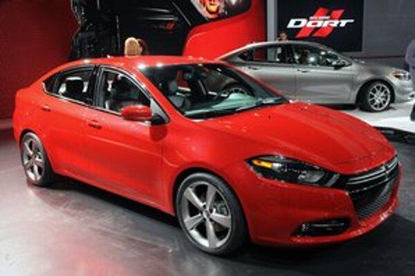 Americký Dodge Dart. Fiat Viaggio je technicky odvodený do amerického vozidla Dodge Dart.