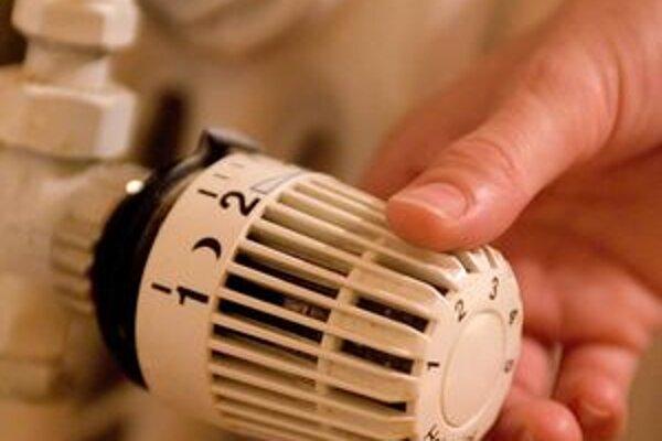 V prípade, že plynom aj kúrite v rodinnom dome (spotreba max. 6 500 m3/ročne),  pripravte si mesačne o 12 eur viac.