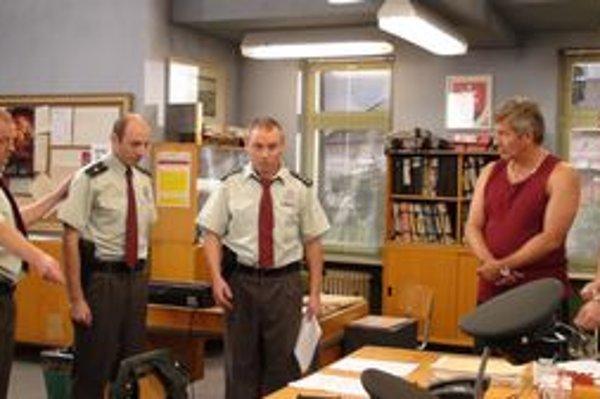 Do roka sú späť. Hovorí sa, že len čo si tvorcovia i herci oddýchnu, opäť oblečú uniformy.