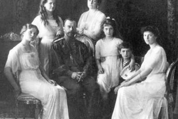 Vyvraždená cárska rodina.