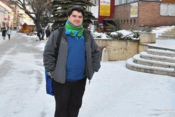 Marián Zázrivý sa k Martinovi Fečundovi a jeho obvineniam odmieta vyjadrovať.