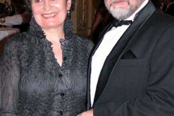 S manželom Mariánom Slovákom tvoria spokojný pár už viac ako štyri desaťročia.