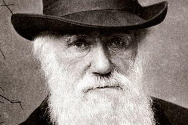 Charles Darwin. Darwin je (spolu s menej známym A. Wallaceom) autorom evolučného vývoja prírody.