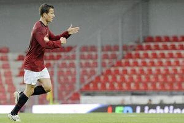 Igor Žofčák. Takto sa tešil po jednom zo svojich gólov v Sparte. Bude to tak aj v národiaku?