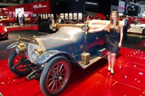 Alfa Romeo 24 HP. Prvým automobilom tejto značky bol model 24 HP so štvorlitrovým štvorvalcom výkonu 31 kW.