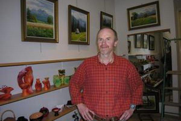 Emil Mlynárčik. Jeho olejomaľby sú realistické, nevyčerpateľnou studnicou námetov je príroda.