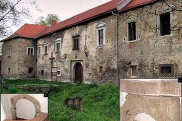 Kaštieľ v Borši. 1. objavený románsky portál staršieho objektu, 2. renesančný portál zdobený nápisom -  v pozadí západná fasáda kaštieľa.