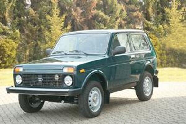 Lada Niva. Niva je stálicou výrobného programu spoločnosti Avtovaz a predáva sa v mnohých krajinách.