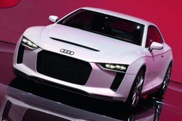Audi Quattro Concept. Táto štúdia pripomína 30. výročie prvého modelu Audi s pohonom všetkých kolies.