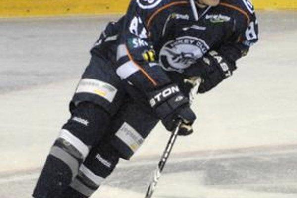 Marcel Haščák sa musel reprezentačným trénerom ospravedlniť kvôli chorobe.