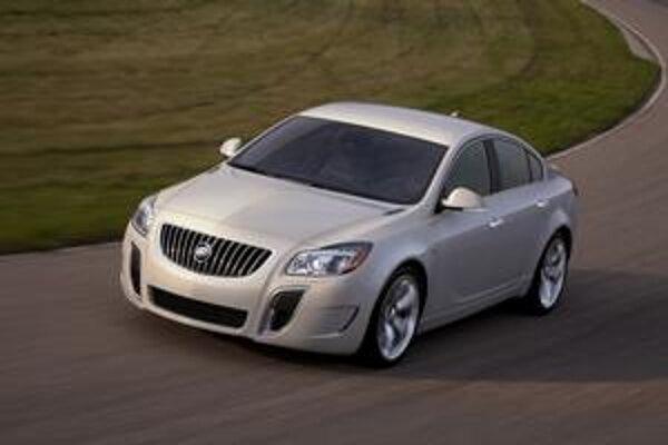 Buick Regal GS. Svetovú premiéru má na práve začínajúcom autosalóne v Los Angeles.