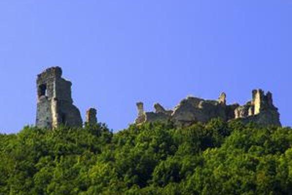 Hrad Brekov. Dnes už z neho ostali len ruiny.