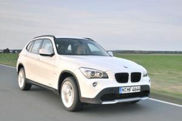 Úspešný model BMW X1. Od marca budú sortiment motorov pre model X1 tvoriť tri benzínové a tri vznetové motory.