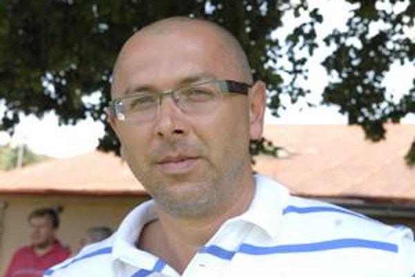 Tréner Marcel Alexander.