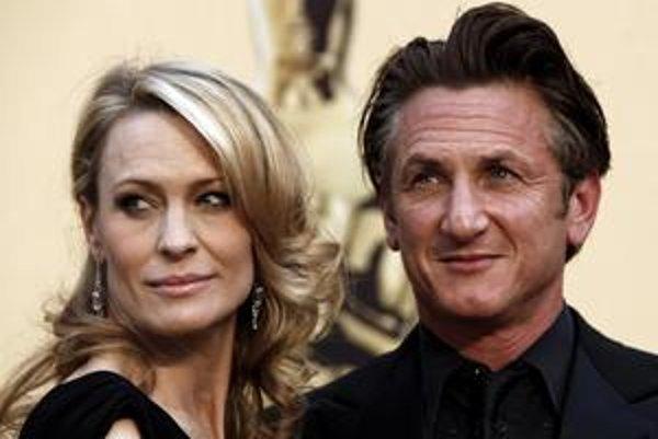 Robin a Sean. Robin požiadala o rozvod v severnej Kalifornii, kde manželia bývajú.