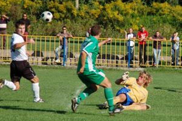 Brankár Alexander Szabó zmaril hosťom isté gólové príležitosti.