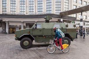Brusel už tretí deň stráži armáda.