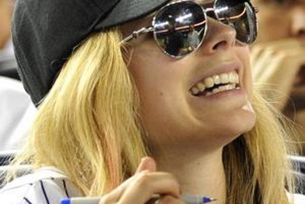 Voľná. Avril Lavigne sa vydávala mladá, nevydržalo to.