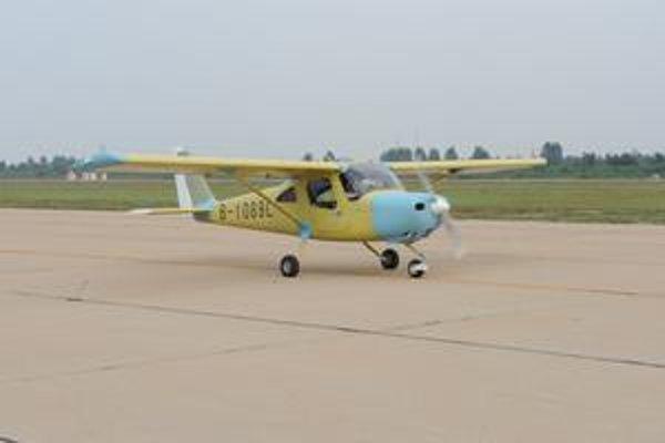"""Cessna 162 Skycatcher. """"Chytač neba"""" patrí medzi ľahké športové lietadlá a sériovo sa bude vyrábať v Číne."""