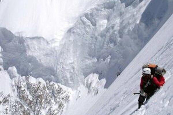 V Poprade sa dnes začína Medzinárodný festival horských filmov. V prvom bloku filmov môžu diváci vidieť aj španielsku snímku Viac než vrchol, ktorá sa odohráva na himalájskej hore Nanga Parbat.
