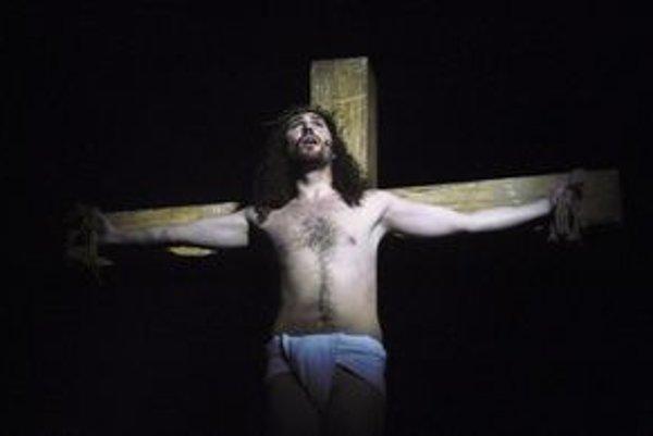 Muzikál Jesus Christ Superstar uvedie dnes v Košiciach brnenské Mestské divadlo.