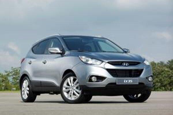 Nový Hyundai ix35. Dizajn vozidla vznikol v Európe, v Európe bol vyvinutý aj nový motor.