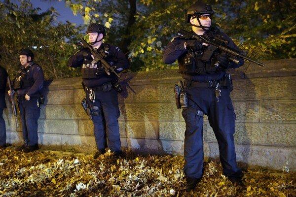 Ozbrojené zložky v uliciach sú niečo, na čo si Francúzi zvykali už po januárových útokoch na Charlie Hebdo.